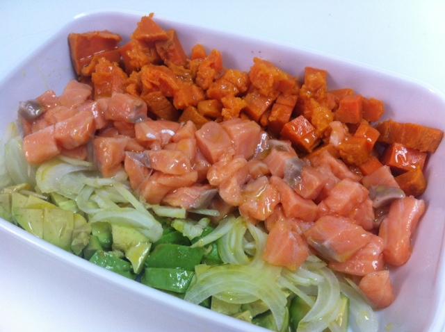 Ceviche de salmón, boniato y aguacate